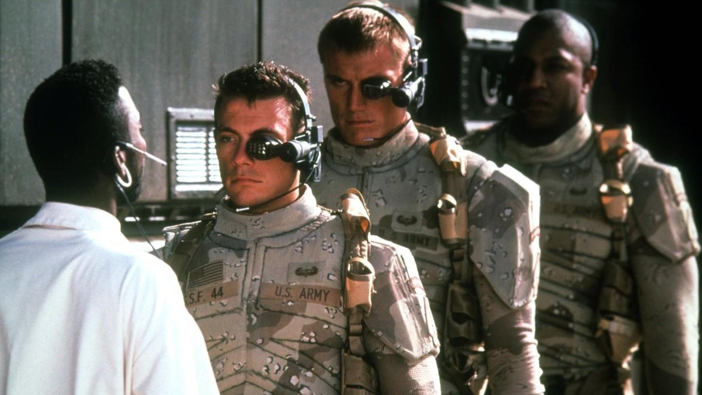 El Ejército de EEUU pronostica que en 2050 desplegarán los primeros soldados cyborgs con súper vista, mejor musculatura y telepatía