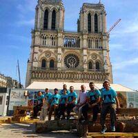 París se ha comprometido tanto a reconstruir Notre Dame que hay carpinteros serrando como si estuviéramos en 1300