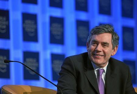 Brown convoca elecciones pero antes fuerza la aprobación de una dura ley para controlar Internet