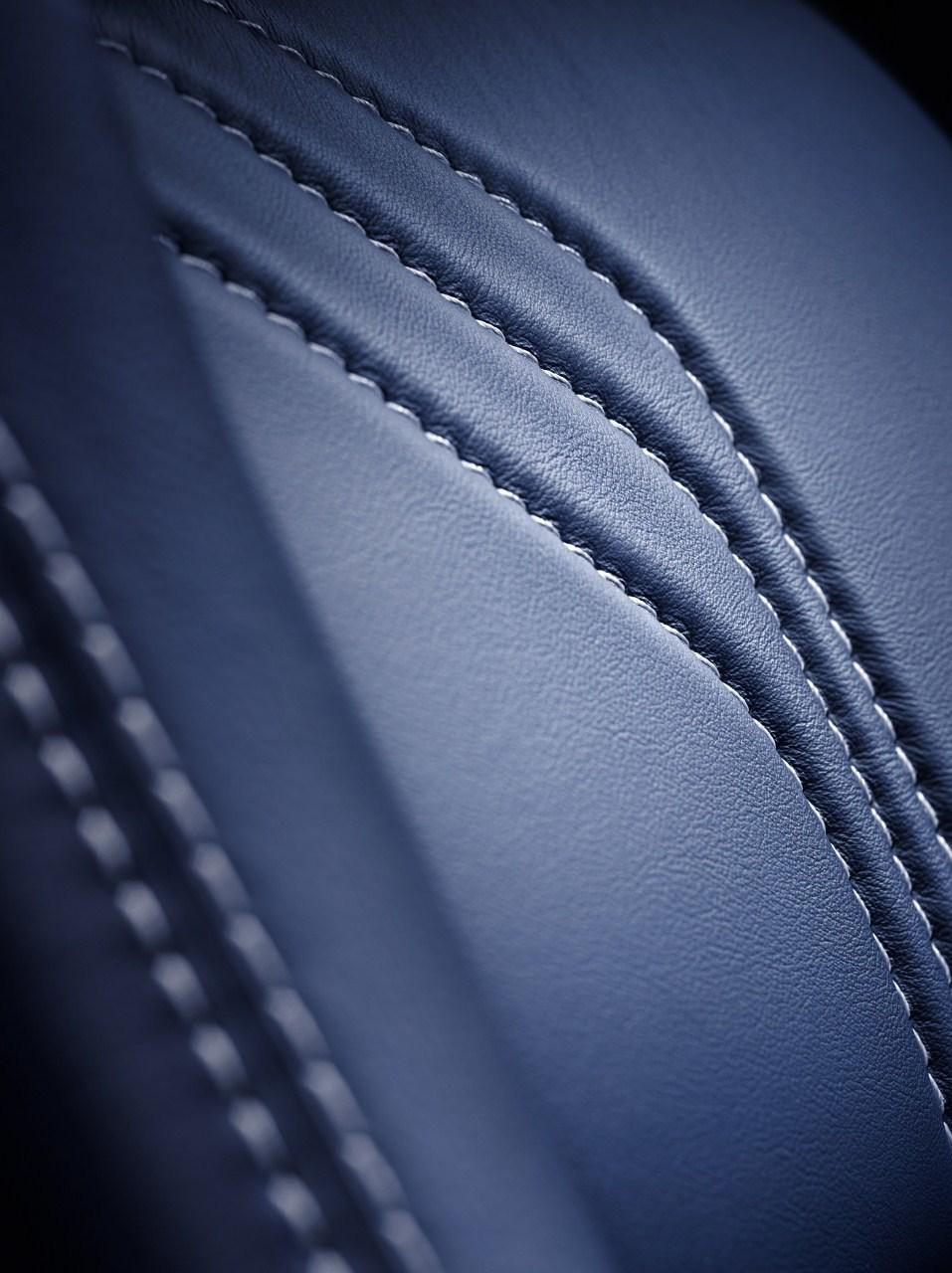 Foto de Aston Martin V8 Vantage S  (5/10)