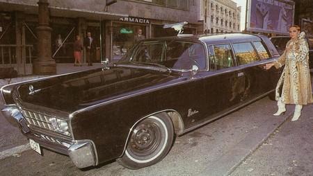 Sara Montiel y su Chrysler Imperial