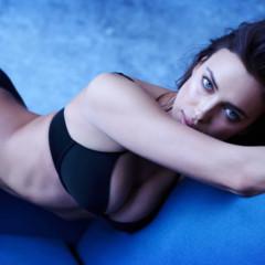 Foto 1 de 5 de la galería el-lado-mas-sexy-de-irina-shayk-como-imagen-de-intimissimi en Trendencias