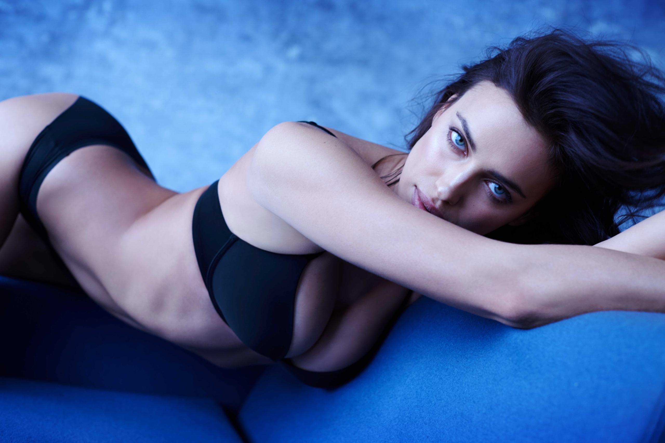 Foto de El lado más sexy de Irina Shayk como imagen de Intimissimi (1/5)