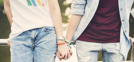 Mamá-mamá y papá-papá: qué opciones tienen las parejas homosexuales que quieren tener hijos (con precios)