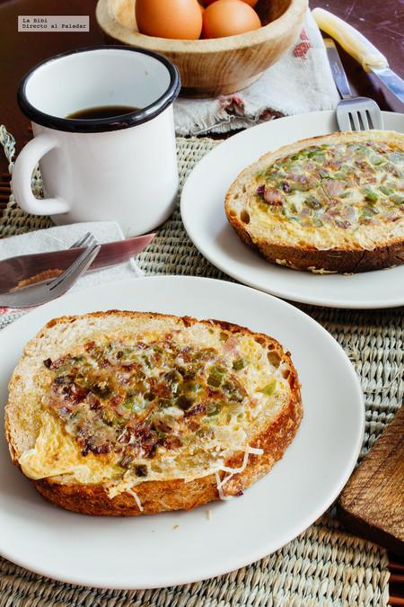 Huevos revueltos en cazuela de pan. Receta en video
