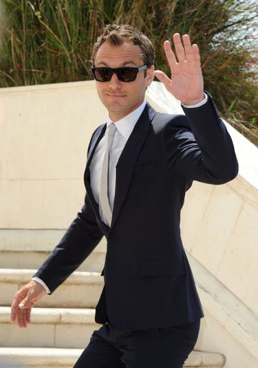 Jude Law luce impecable en el Festival de Cannes 2011