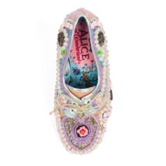 Foto 54 de 88 de la galería zapatos-alicia-en-el-pais-de-las-maravillas en Trendencias
