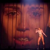 Las actuaciones de los MTV EMA... ¡lo único que recordó a la música!