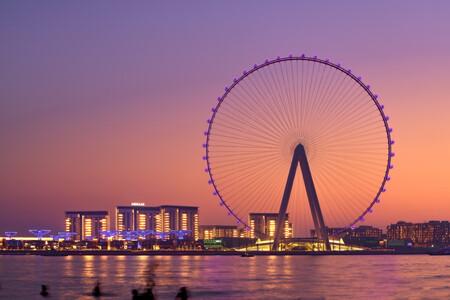 La noria más grande del mundo es una monstruosidad de 250 metros de altura con 48 enormes cabinas que llegará a Dubai en octubre