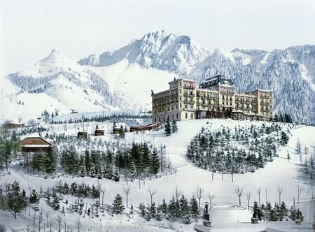 Rochers De Naye And Hotel De Caux