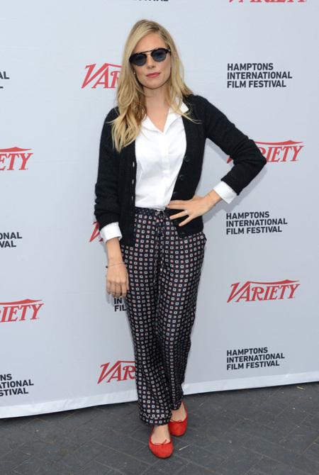 ¡Vuelve la it girl del street style, vuelve Sienna Miller!
