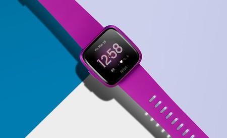 Llega Fitbit Versa Lite: un reloj cuantificador más económico y modesto que su hermano mayor