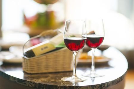 Cómo seleccionar un buen vino con poco presupuesto