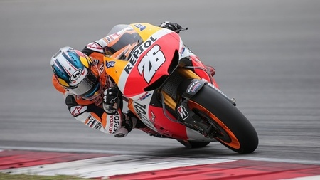 Dani Pedrosa el más rápido en la primera jornada de Sepang. Marc Márquez asusta