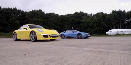 Porsche 911 Carrera S vs BMW i8. ¿Quién ganará la drag race?