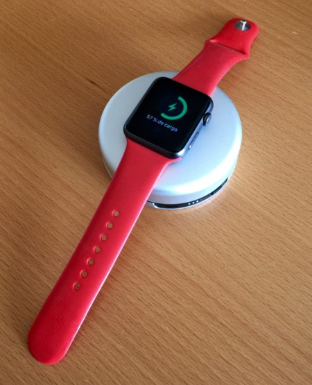 Un mes con el Pod, el cargador portátil de Nomad para Apple Watch