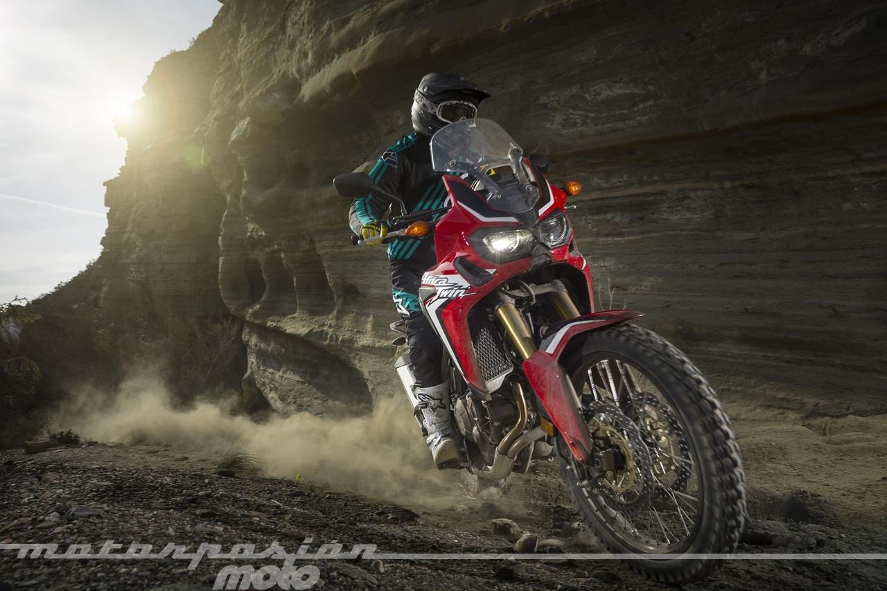 Foto de Honda CRF1000L Africa Twin offroad (4/14)