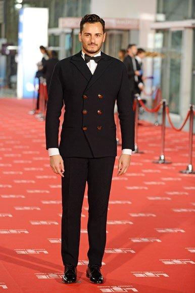 Asier Etxeandia en la alfombra roja de los Goya 2012