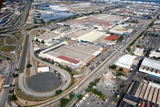 Fabrica de Nissan en la Zona Franca (Barcelona)