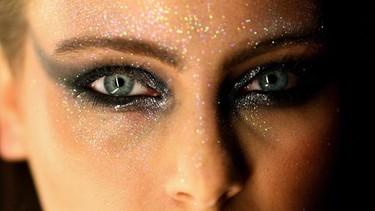 Con estas 7 tendencias en maquillaje, algunas solo querréis desmaquillaros