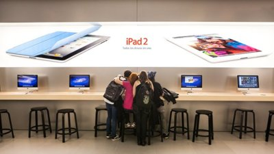 El iPhone 4S agotado en el 75% de los comercios mientras las ventas de iPad aumentan un 68%
