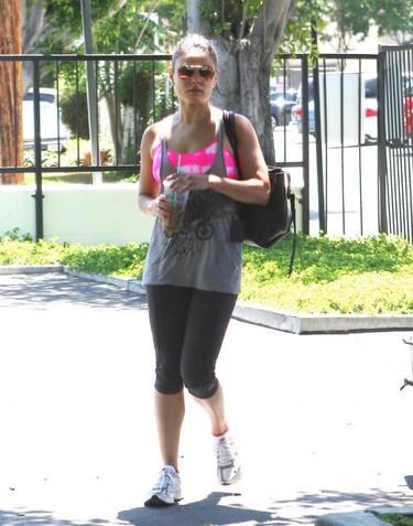 Cómo hacer deporte e ir a la moda por Mila Kunis