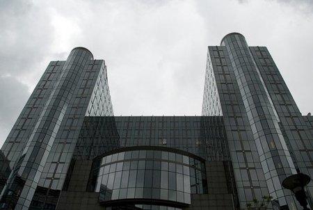 """La Comisión de Justicia del Parlamento Europeo se pone del lado de ACTA y los lobbies """"antipiratería"""""""