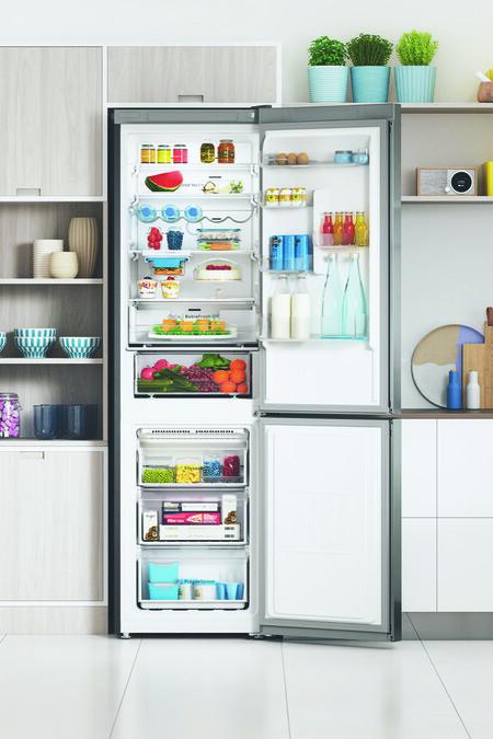 Indesit presenta sus frigoríficos con Push&Go: un botón para optimizar la temperatura y facilitar la conservación de los alimentos