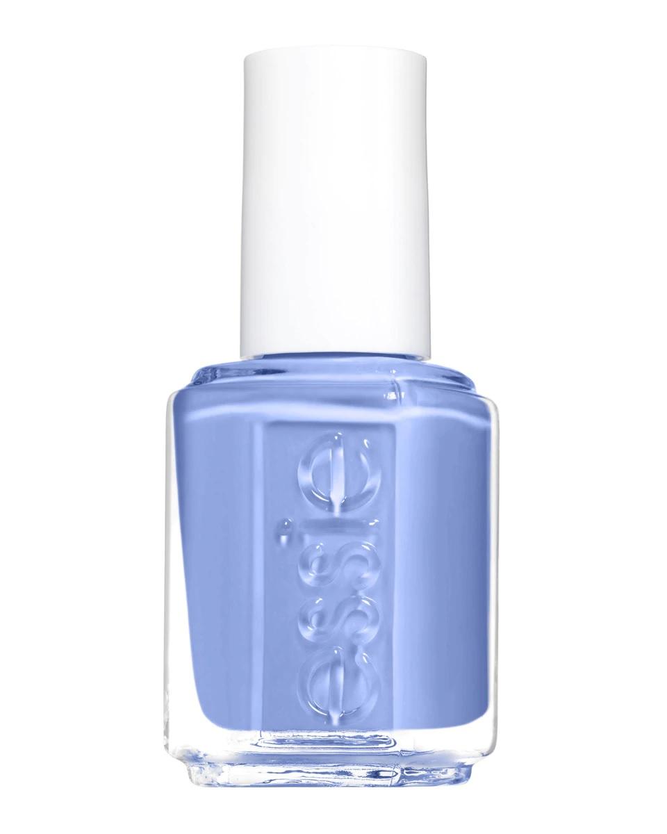 Esmalte de uñas en azul cielo de Essie
