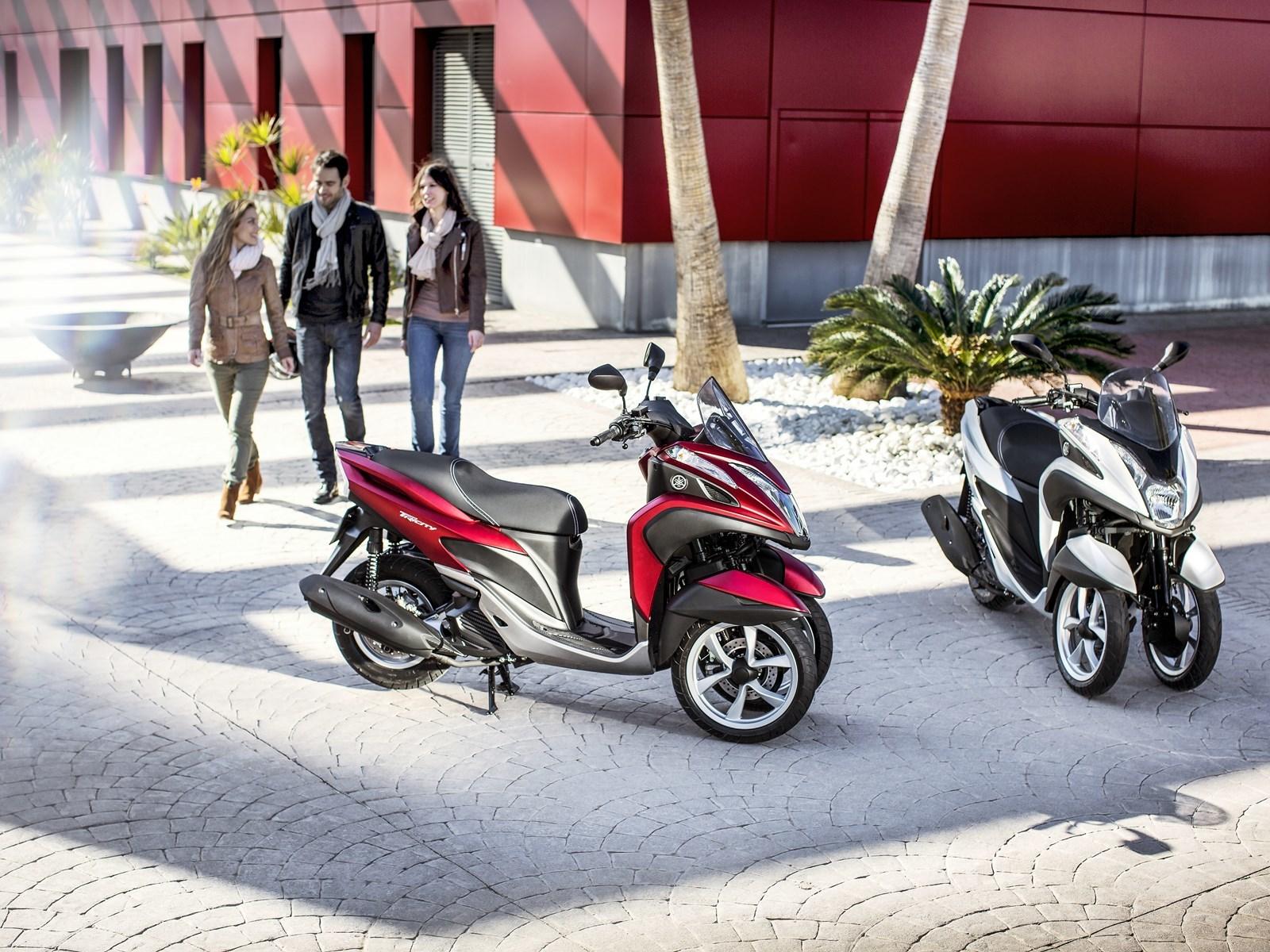Foto de Yamaha Tricity 125 cc acción (21/21)