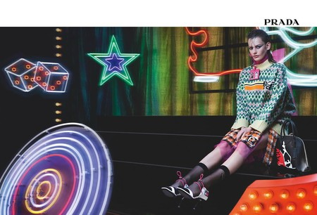 prada neon lights 2018