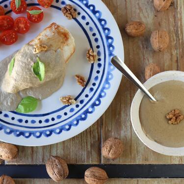 Salsa de nueces, la receta más sencilla para acompañar tus recetas festivas del otoño y el invierno