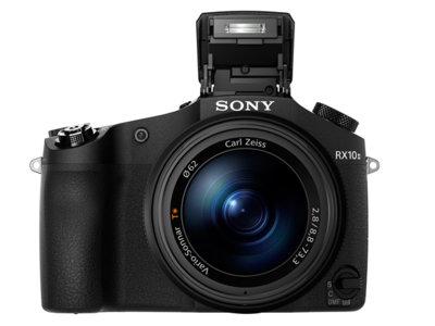 Sony DSC-RX10 II, todos los detalles de la nueva bridge con vídeo 4K y sensor de 20 Mpx «apilado»