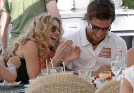 Paulina Rubio y Colate, ¿sólo habrá un rubio mal criado?