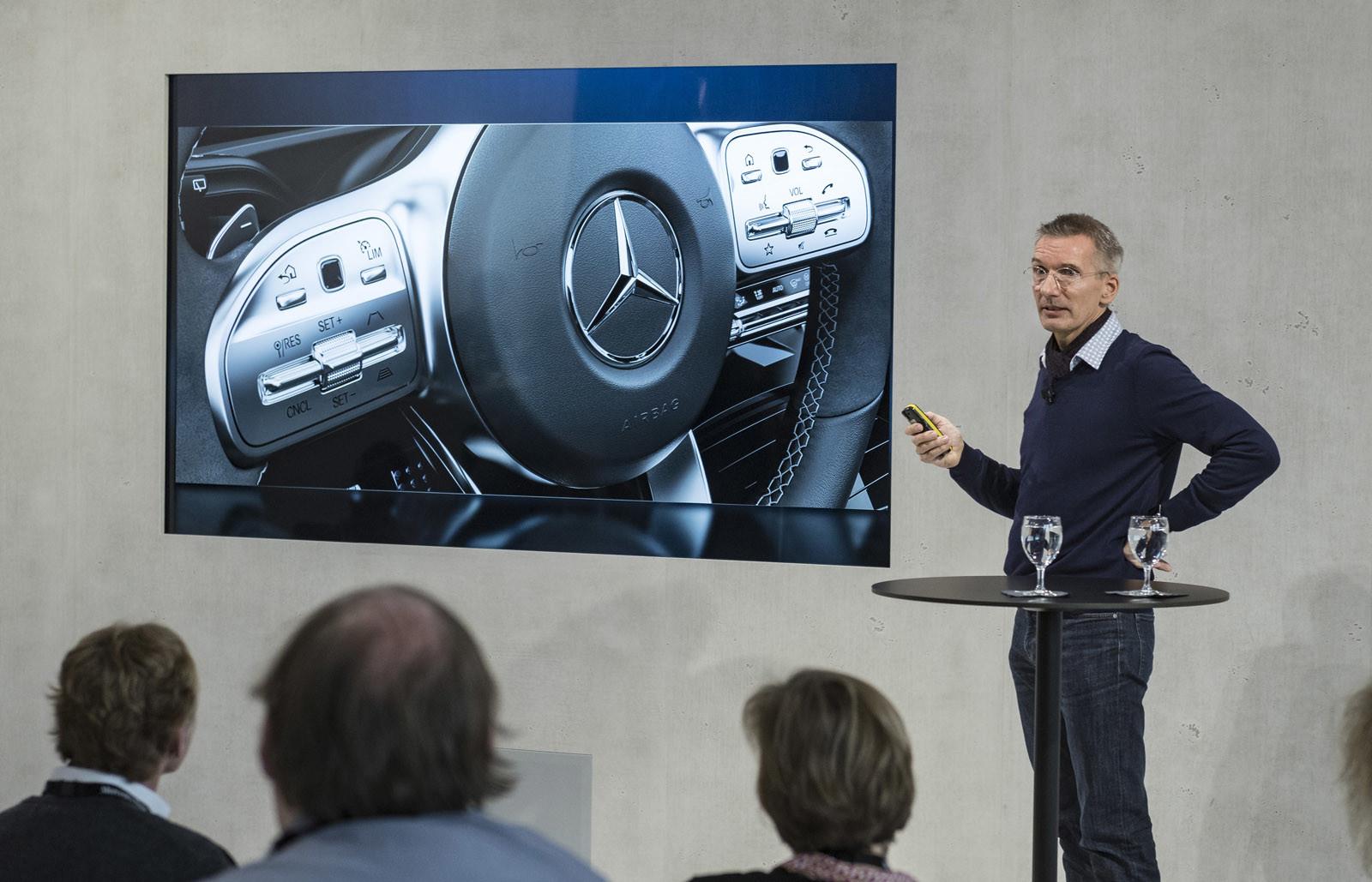Foto de Mercedes-Benz Clase A 2018: impresiones del interior (26/28)