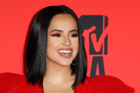 Maquillajes Mtv Europe Music Awards 2019 2