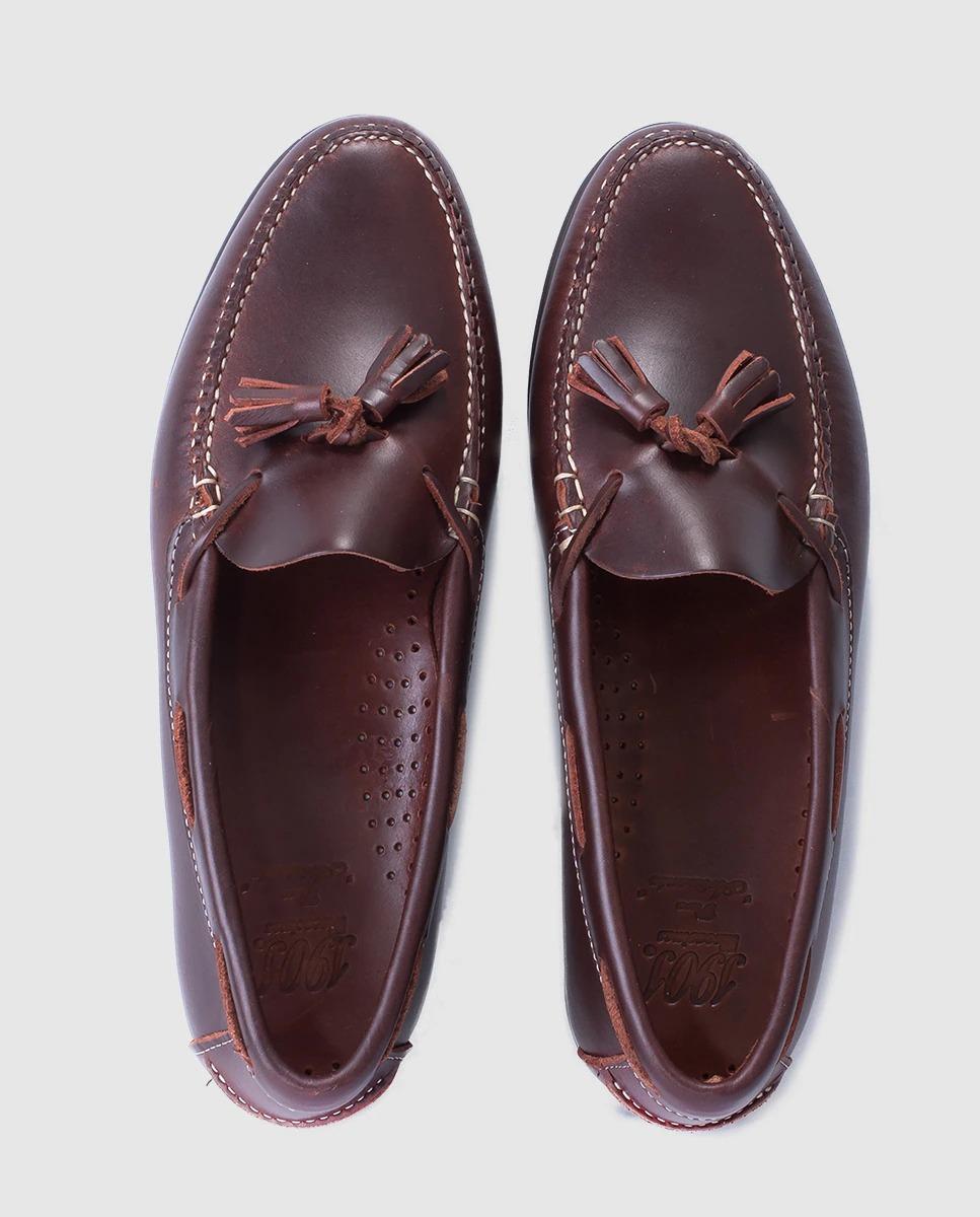 Mocasines de hombre 1901 de piel marrón con borlas