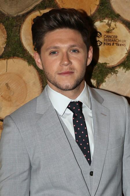 Niall Horan luce el perfecto look elegante de la temporada  sin complicarse demasiado