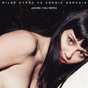 Sí, Miley Cyrus se despelotó la portada de 'Adore You' (para no variar)