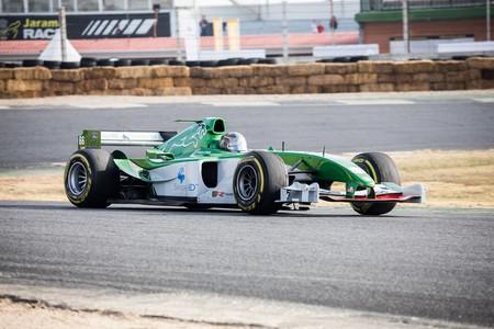 """El nuevo récord del Circuito del Jarama es 1'16""""994 y lo ha conseguido un Jaguar R5 de Fórmula 1 del año 2004"""
