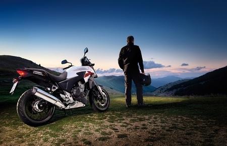 Salón de Milán 2012: Honda CB500X, faltaba la crossover para cerrar la familia del A2
