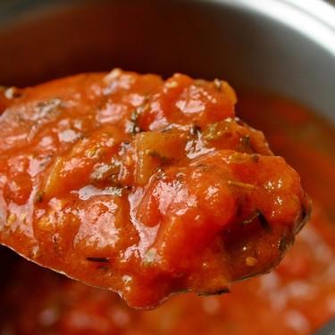 En tu comida favorita puedes encontrar excremento, moho o restos de gusanos