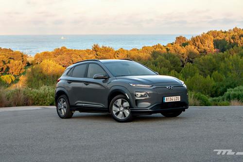 Probamos el Hyundai Kona Eléctrico, sus 204 CV y autonomía real de 440 km demuestran que hay vida más allá de Tesla