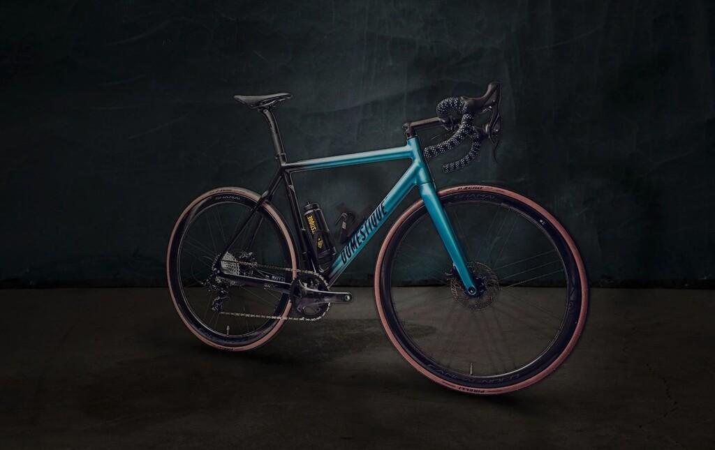 La bicicleta eléctrica más ligera del mundo parece una bici normal: el truco está en la