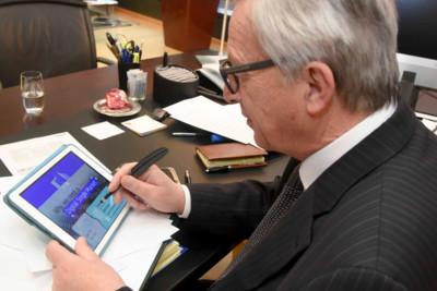 """La UE defiende """"derribar"""" las fronteras digitales: hacia el mercado común del e-commerce"""
