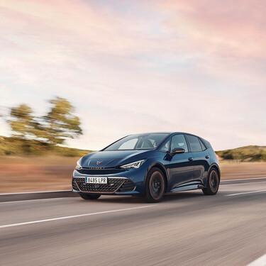 Probamos el nuevo CUPRA Born de 231 CV, un compacto eléctrico que deja mejor sabor de boca que el Volkswagen ID3