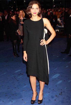 Maggie Gyllenhaal en la premiere de Nanny McPhee y the Big Bang en Londres