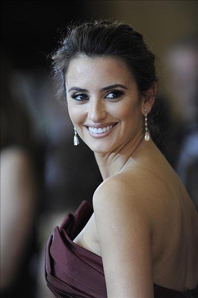 El look de Penélope Cruz en los Oscar 2010