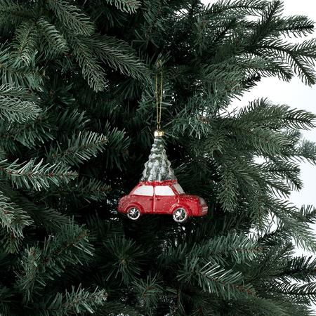 Coche con árbol de Navidad