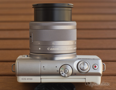 Review Canon Eos 100m 13